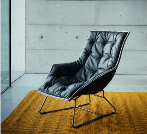 the_maserati_zanotta_lounge_chair_in_leather_chrome_plated_steel_7fwe1